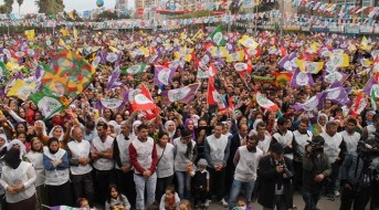 One the HDP's mass election rallies (Piczard)