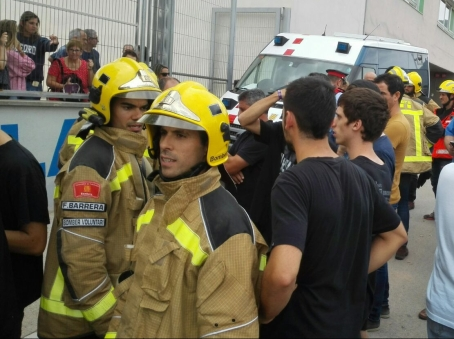 Firefighters talking to us by Bodil